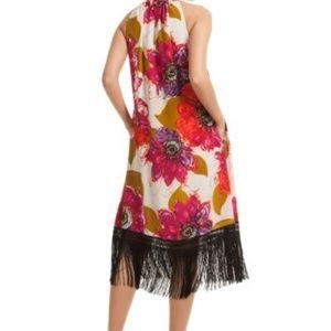 Trina Turk Dresses - Trina Turk Vivianna Shift Dress